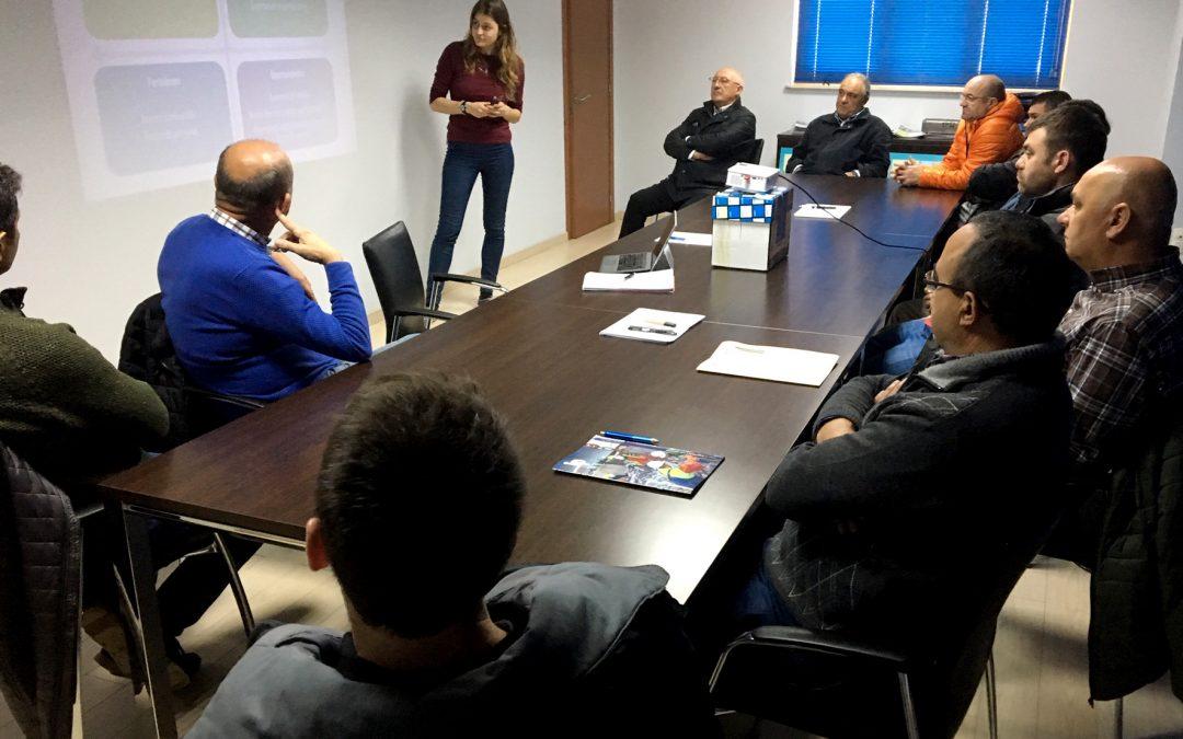 EVALUACIONES ESTRATEGIAS GESTIÓN PESCA TIBURONES